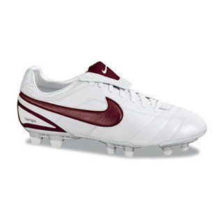 Nike Womens NIKE AIR LEGEND WOMENS SOCCER SHOES Shoes