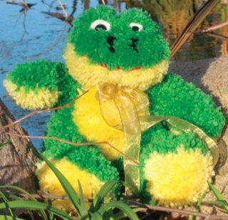 MCG Textiles Huggables Animal Frog Latch Hook Kit: Arts
