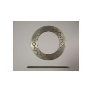 Boucle en Métal Gravé avec Baguette Gris Diamètre 17 cm   Vendu à