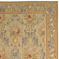 Hand knotted French Aubusson Beige Wool Rug (6 x 9)