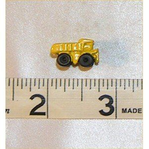 Dollhouse TOY DUMP TRUCK, YELLOW: Toys & Games