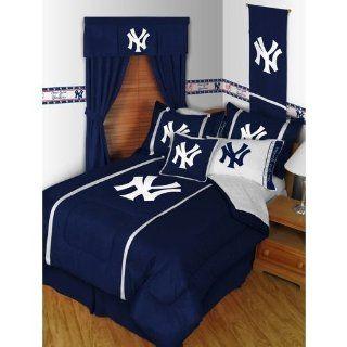 NY Yankees MLB Sidelines Queen Comforter & Sheet Set (5