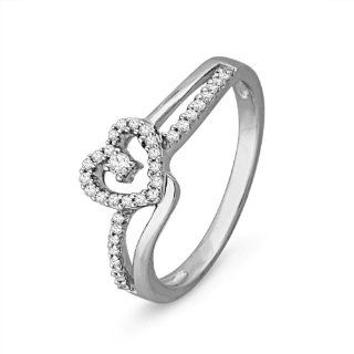 Sterling Silver Round Diamond Heart Ring (1/6 cttw) D