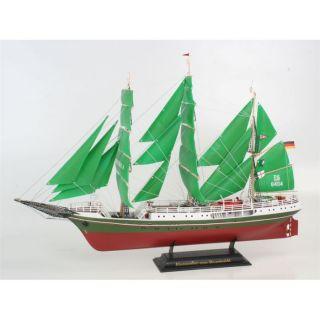 Alexander v. Humboldt revell   Cette maquette contient 224 pièces
