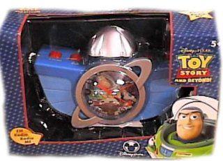 Disney Toy Story Buzz Lightyear Radio Clock Toys & Games