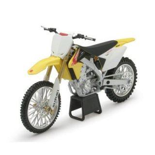 Modèle réduit   Moto Cross Suzuki RMZ 450   Modèle réduit   Moto