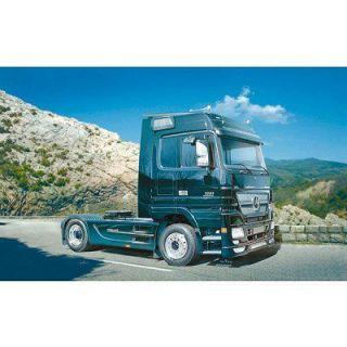 Mercedes Benz Actros Black Edition   Achat / Vente MODELE REDUIT