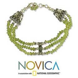 Sterling Silver Fresh Green Peridot Beaded Bracelet (India