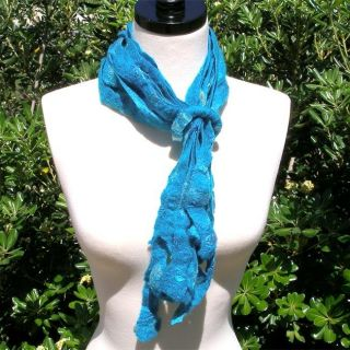 Merino Wool Blue Beaded Ring Felt Scarf (Chile)