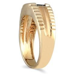 Mens 10k Yellow Gold Onyx and Diamond Accent Ring
