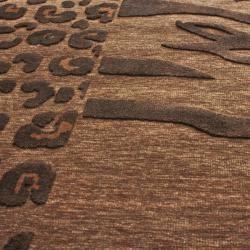 Hand carved Alexa Velvet Leopard/ Zebra Brown Faux Silk Rug (21 x 4