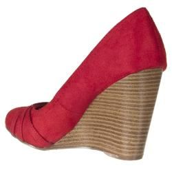 Riverberry Womens Dexter Red Microsuede Wedges