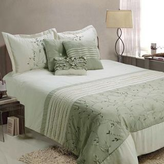 Jenny George Designs Fiona 7 pc. Comforter Set