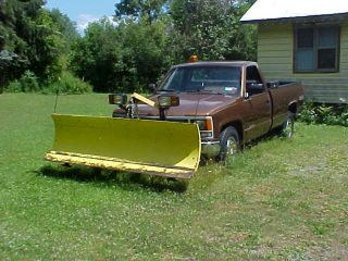 1990 GMC 4x4 Pickup Truck 1500 SL Sierra 5 0L V8 Engine with Snow Plow