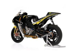 Minichamps Yamaha YZR M1 Edwards Moto GP 2009 1 12