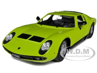 1968 Lamborghini Miura Green 1 18 Diecast Model Car by Bburago 12072